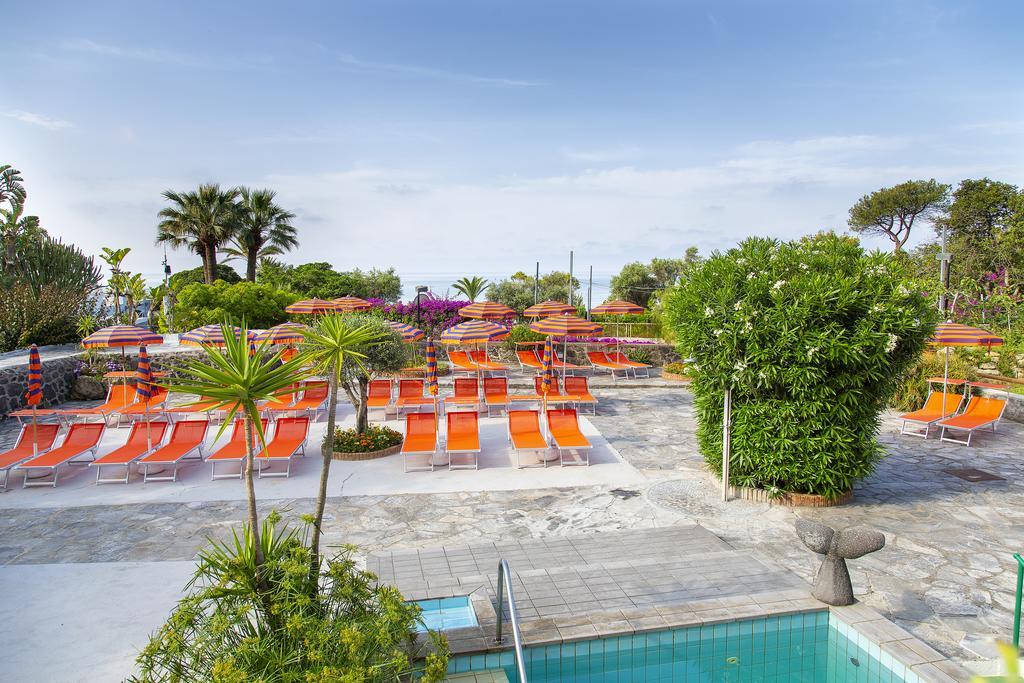 piscina-hotel-la-mandorla-ischia
