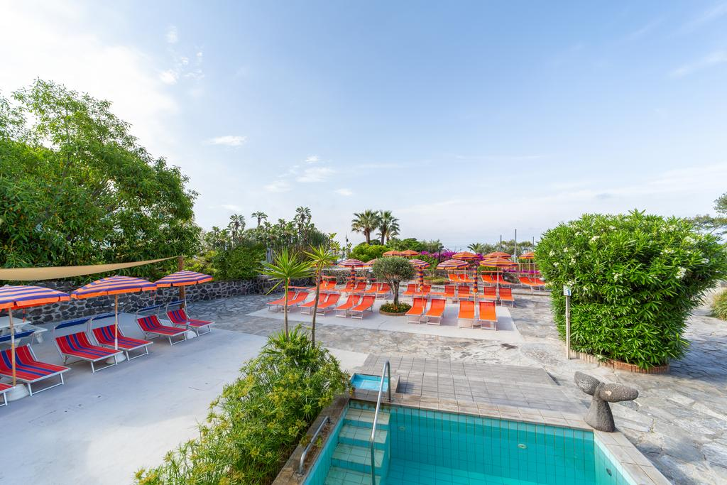 piscina-hotel-la-mandorla-maronti