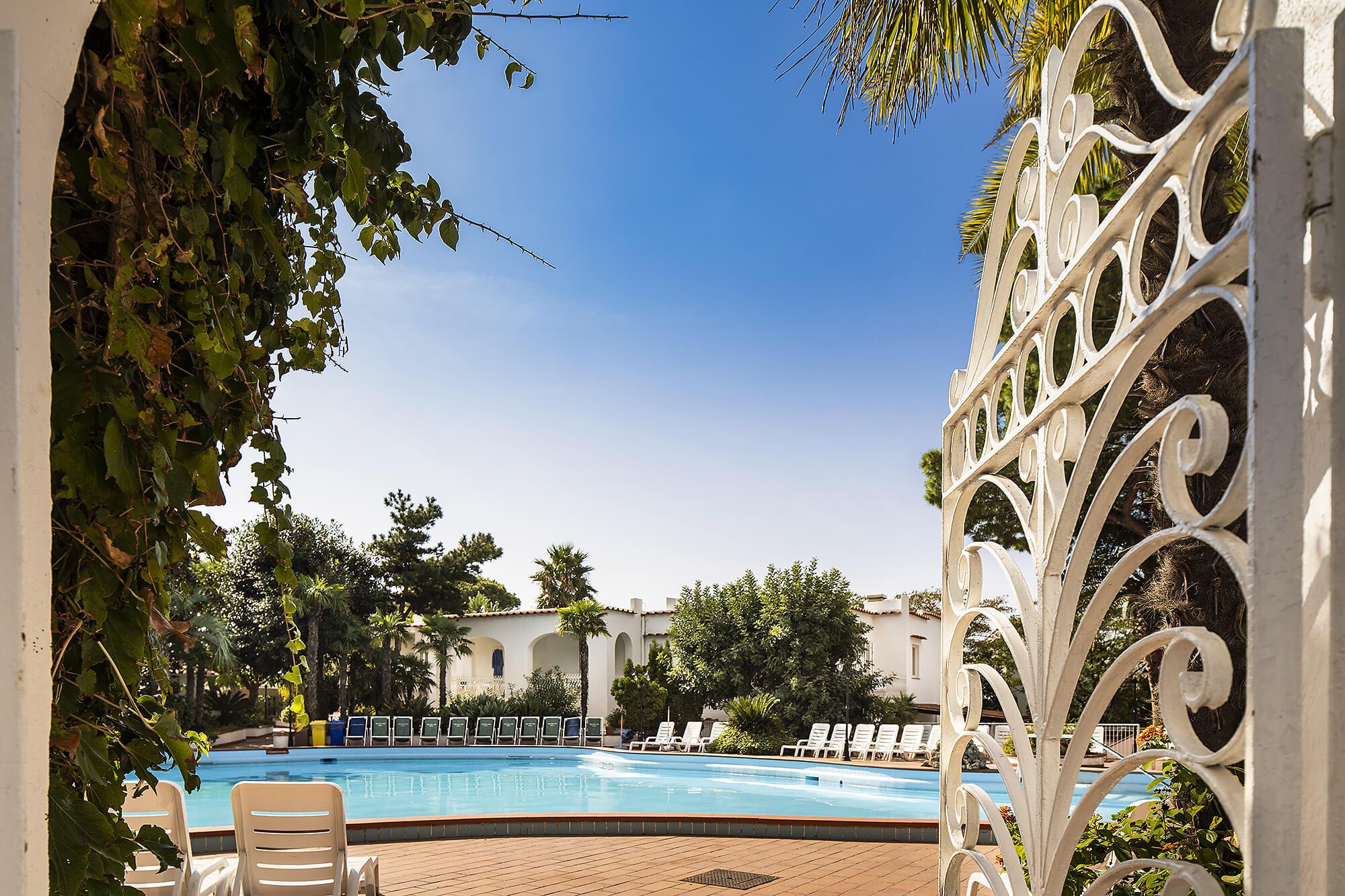 piscina-hotel-park-imperial-ischia-forio