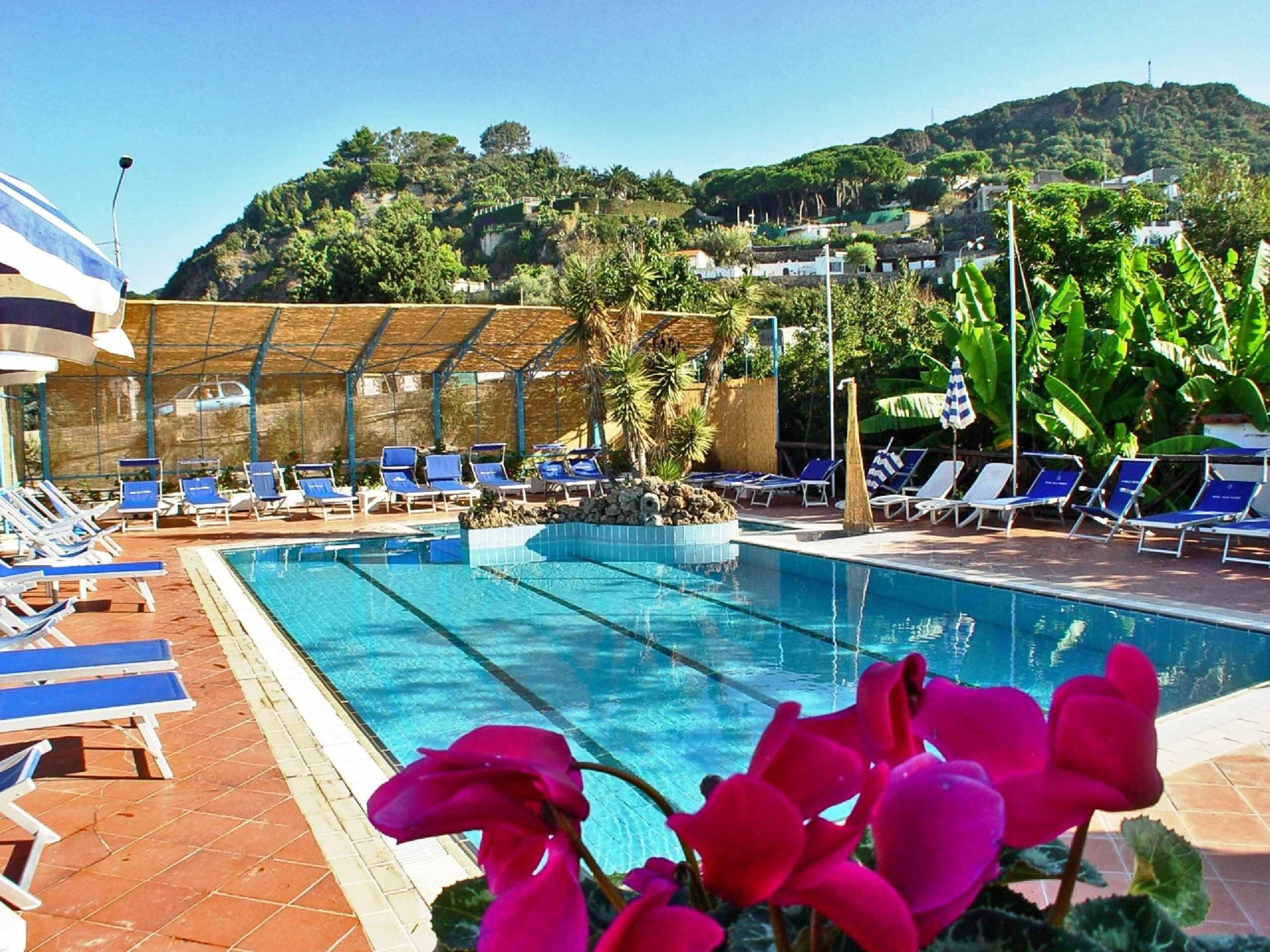 esterno-hotel-villa-franca-ischia
