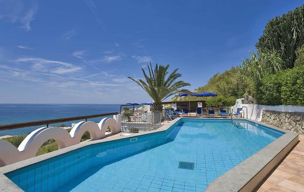 hotel-citara-ischia-piscina-esterna