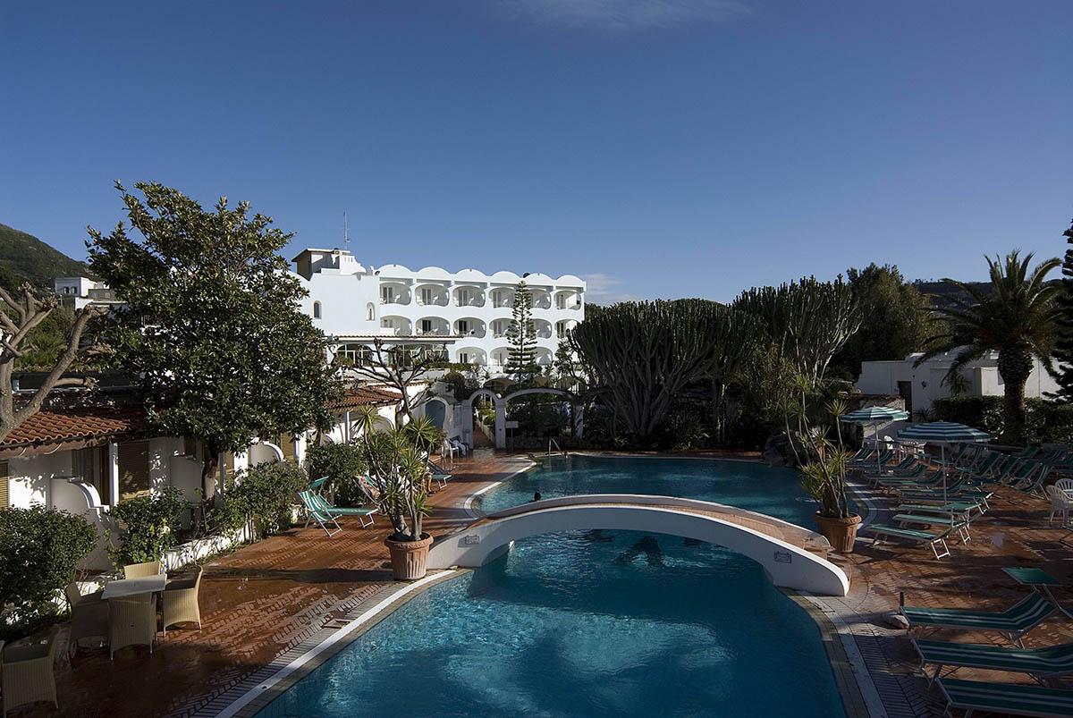 piscina-fuori-hotel-villa-teresa-ischia