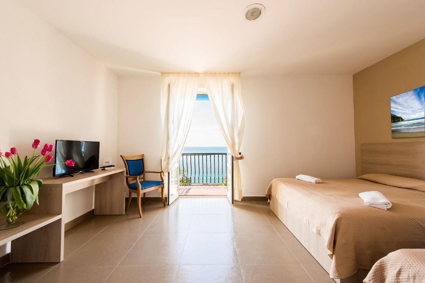 hotel-stella-maris-ischia-camera-3