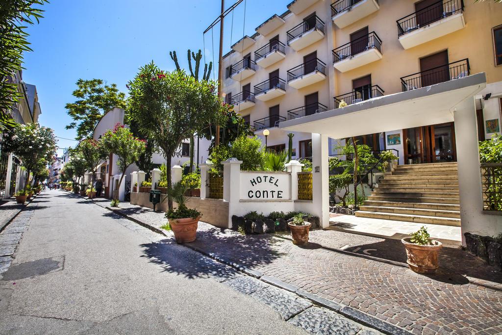 ingresso-hotel-conte-ischia-porto